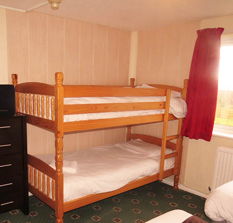 Sandown Manor Bed and Breakfast, En-Suite Family Rooms, Small or Seaview